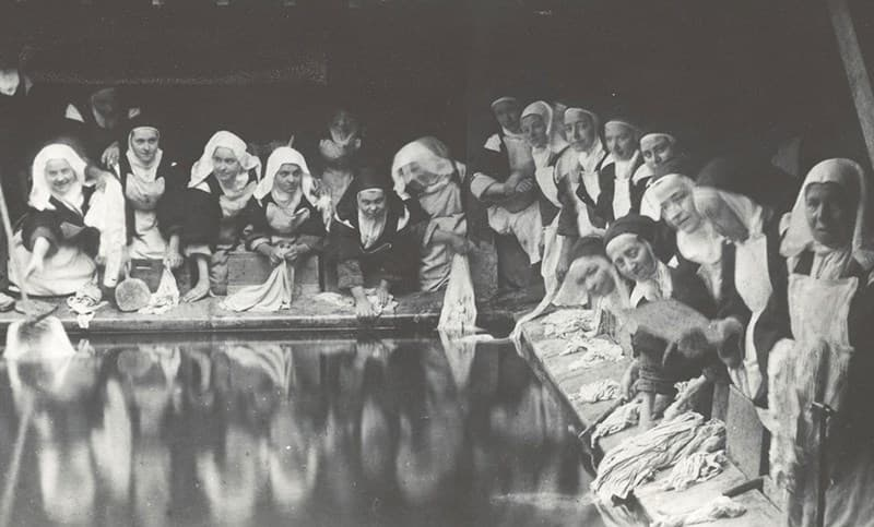 St. Therese and the nuns at Lisieux on washing day